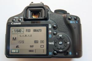 Продам цифровой фотоаппарат Canon EOS 500D body на запчасти